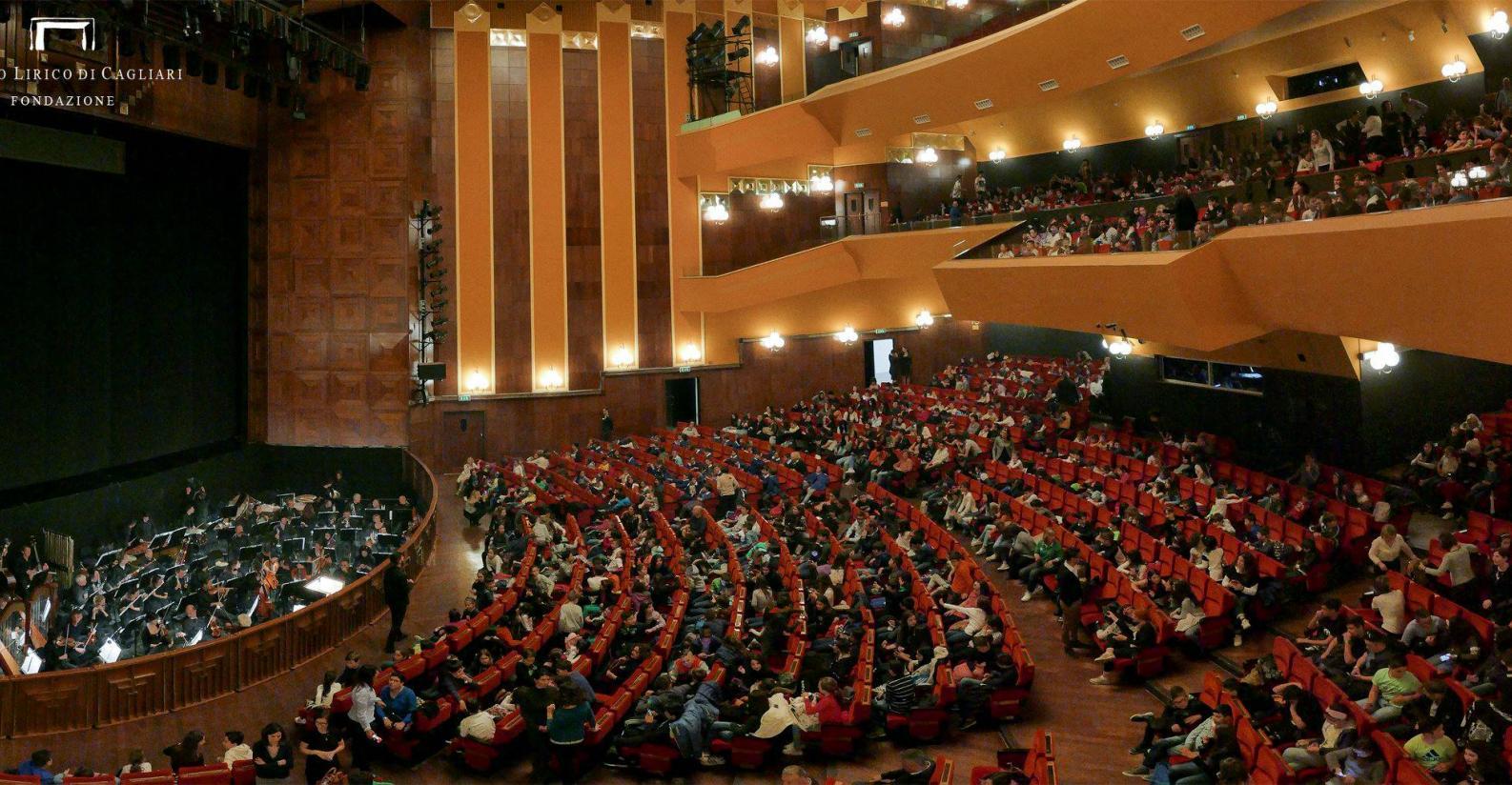 Оперный театр в Кальяри