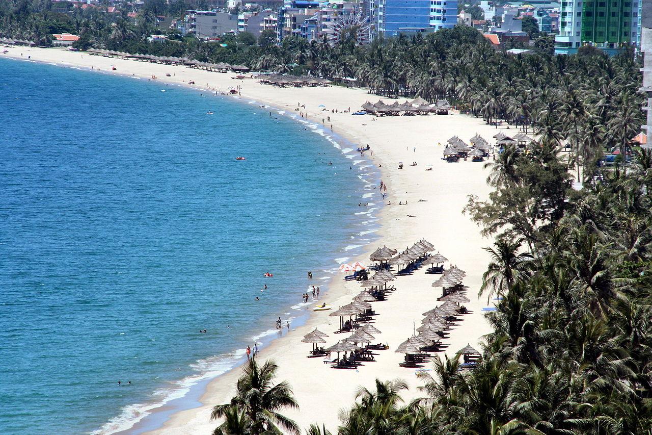 Пляж на Нячанге