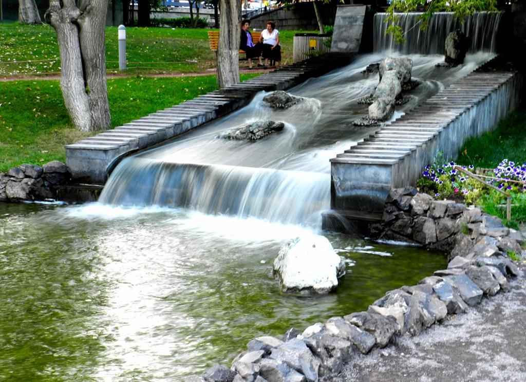 Парк влюбленных