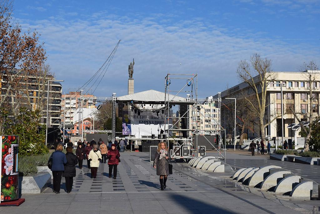 Площадь Тройката